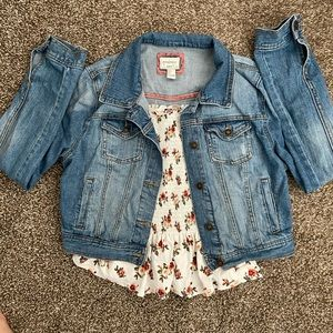 Large F21 cropped jean jacket and cute ruffled top
